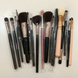 Makeup brush bundle lot